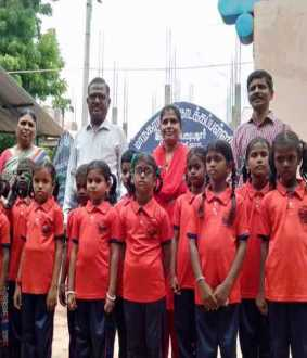 facebook used trichy 407 govt school students get it new dress provide teacher