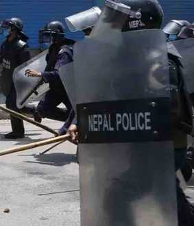 nepal police attacked indians
