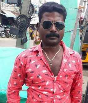 vellore auto driver hit by a person