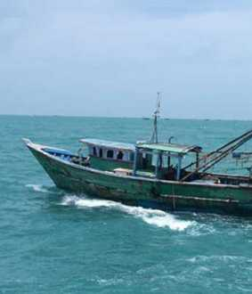 sri-lanka-arrests-14-tamilnadu-fishermen