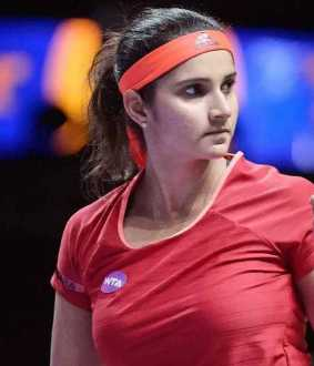 sania mirza raises 1.25 crore rupess to help needy in lockdown time