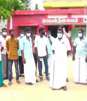 To prevent sand robbery; Koothanallur area people complaint