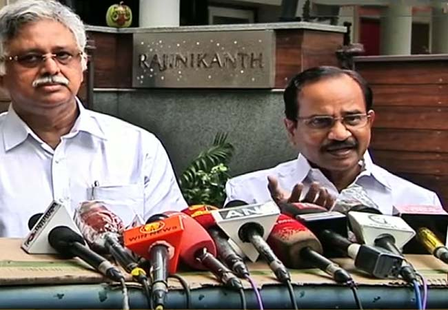 after rajinikanth meet tamilaruvi manian press meet at poes garden