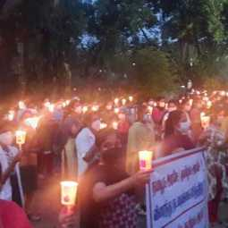 struggle with Candlelight at Chidambaram Medical College for the 10th day