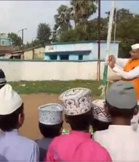 rjd shares video of bihar education minister struggle to sing national anthem
