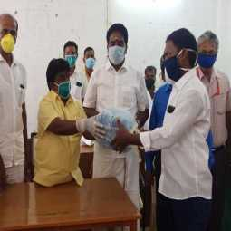 virudhunagar district admk and dmk parties mlas provide help peoples