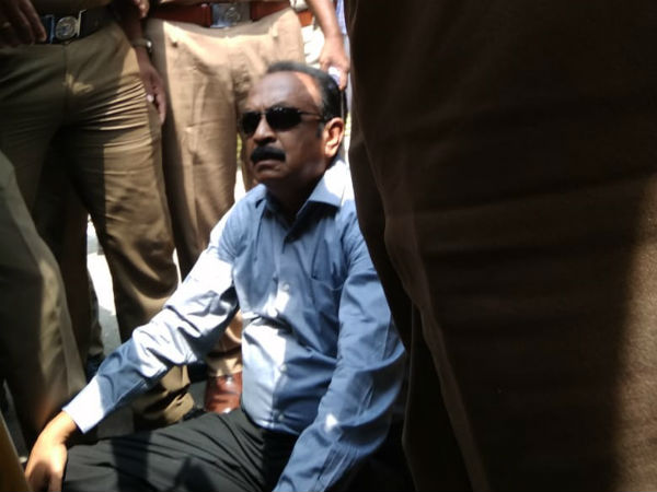 Vaiko presence in Egmore court