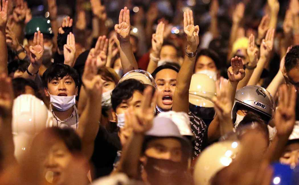 thailand- king - Maha Vajiralongkorn- attrocities - people suffer- student youth protest- 3 finger salute - Thailand Monarchy