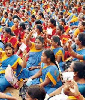 """We too should be made government employees"" - Tamil Nadu Anganwadi workers"
