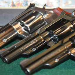 1400 rifles handed over to police in Erode