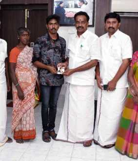 Minister Vijayabaskar assisted in the medical education of the student