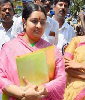 'Where were you when Jayalalithaa was alive' - Court asked Deepa