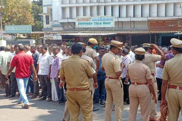 Bus workers' strike continues in Trichy