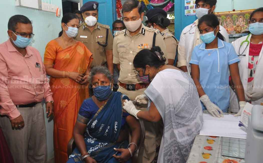 Corona vaccination camp held in the t.nagar