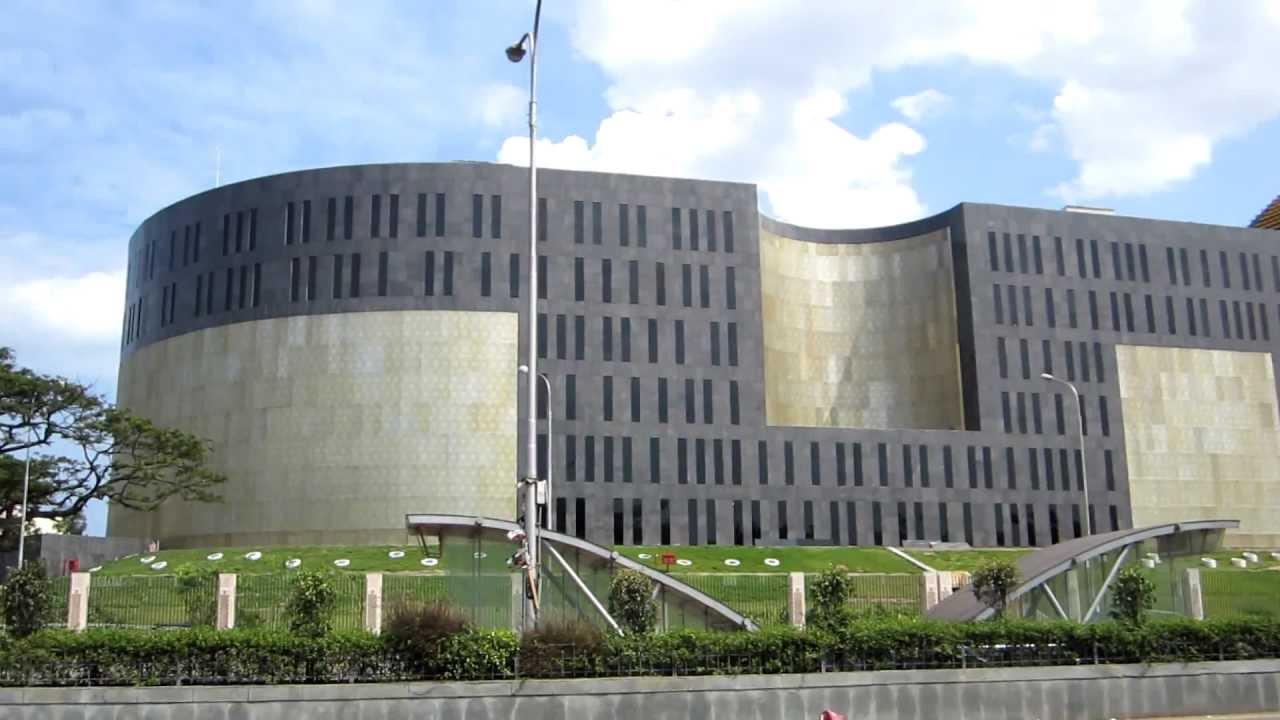 புதிய தலைமை செயலகம் கட்டியதில் 375 கோடி இழப்பு; உயர்நீதிமன்றத்தில் தமிழக அரசு! | nakkheeran