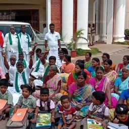 melaiyur village people protest in collector office