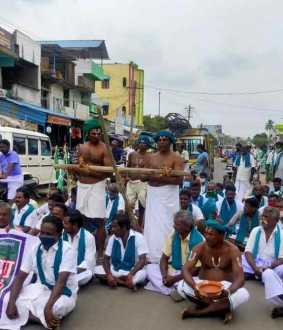 farmers at tanjore  central government farmers bill