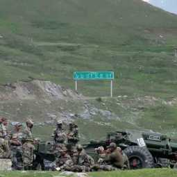china releases 10 indian army people after negotiation