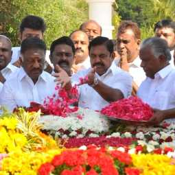 Ministers tribute to Anna's memorial
