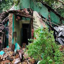 kumpakonam district continually heavy rain homes demolished