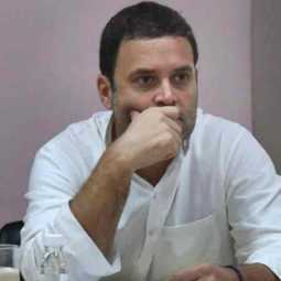 rahul gandhi asks unconditional apologise to supreme court