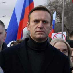russia plans to investigate navalny
