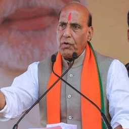 union defence minister Rajnath Singh celebrates durganavami in France