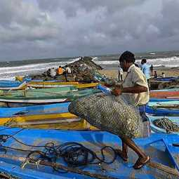 'Fani' storm and heavy rainfall; Fishermen do not want to go to sea