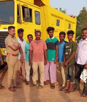 Sand Robbery - Poclain - Lorry - pudukkottai district aranthangi