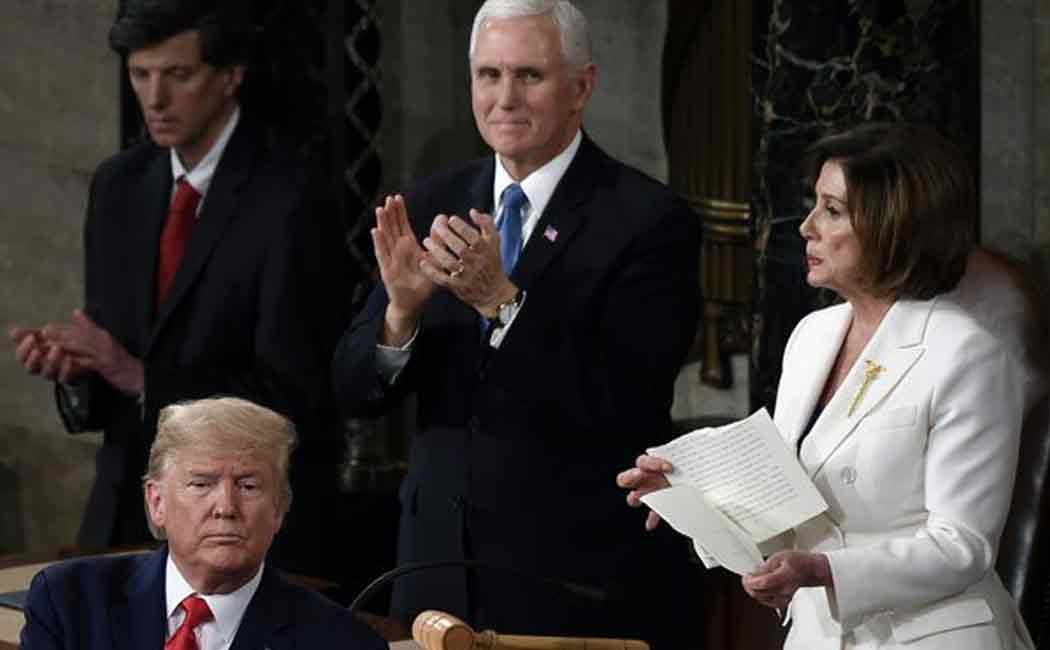 trump and nancy pelosis in parliament session