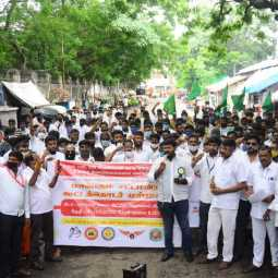 Auto Car Drivers' Federation Demonstrates 8-point Demands, including Cancellation of Interest on EMIs