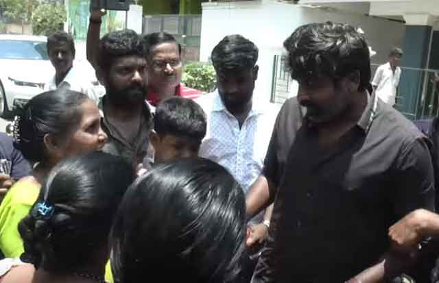 vijay sethupathi with kids