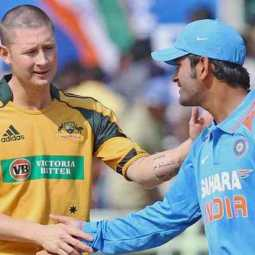 michael clarke backs dhoni in worldcup series