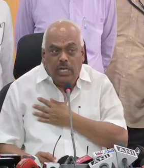 KARNATAKA MLAS DISQUALIFIED STRENGTH INCREASE ASSEMBLY SPEAKER RAMESH KUMAR ANNOUNCED