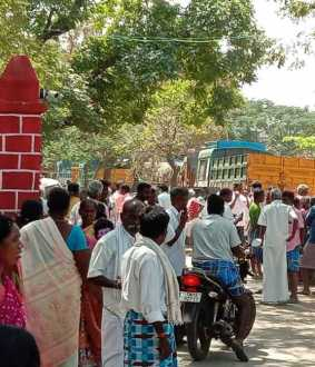 Two village people rushed police station in kallakurichi district