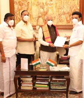 dmk chief mkstalin to take swearing oath ceremoney in raj bhavan chennai