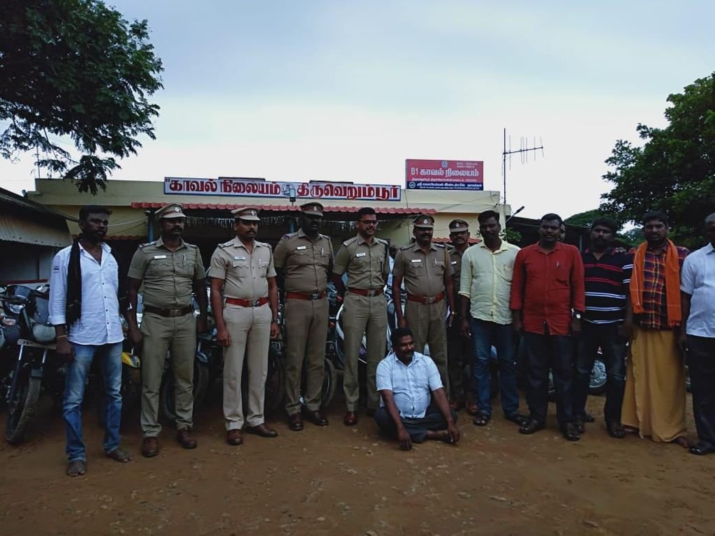30 Two-wheelers - 4 car thieve arrest