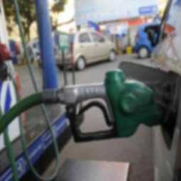 How many petrol stations are operating in Chennai with fake certificates? - Commissioner of Police ordered to respond!