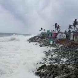 KANYAKUMARI SEA FISHERMENS VILLAGE PEOPLES AFFECTED IN SEA COURT ORDER