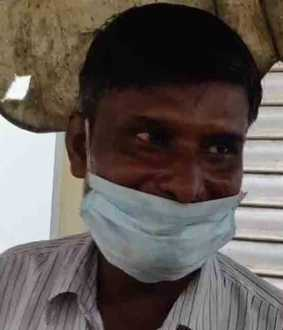 tea-seller applies for loan, bank gives him notice to repay Rs 50 crore