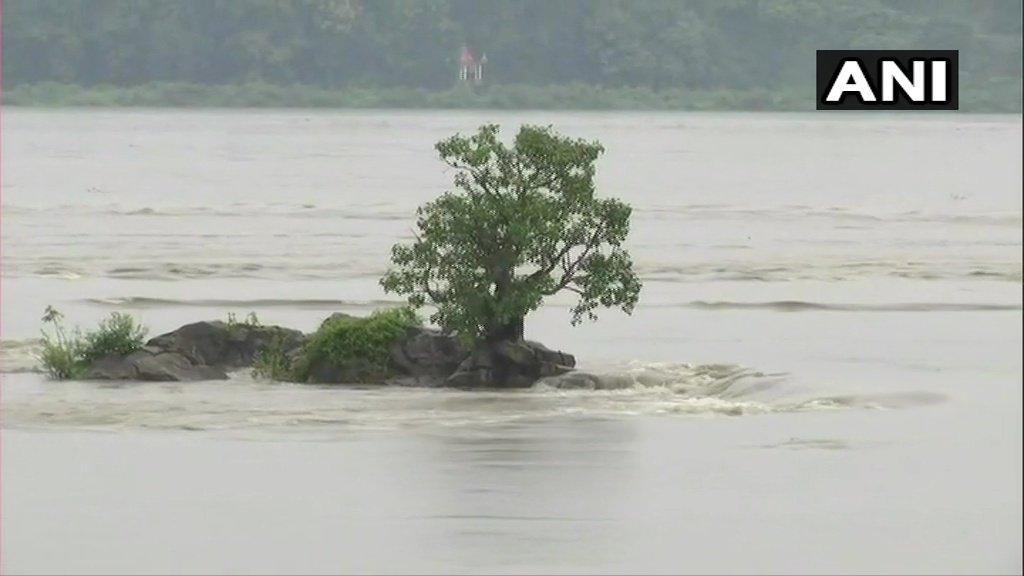 ASSAM STATES HEAVY RAIN FALL FLOOD FULLY AFFECTED VILLAGES