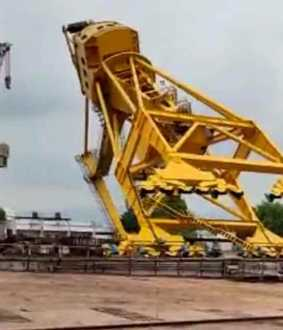 crane accident in vishakapatnam