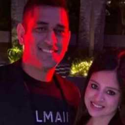 dhoni and sakshi new year 2020 celebrations went viral
