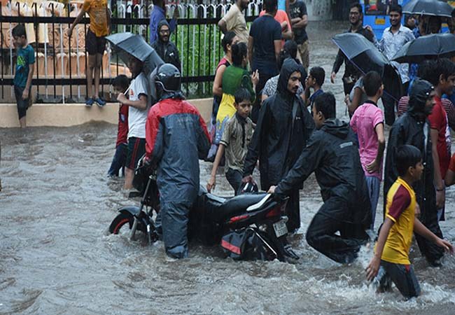 tamilnadu heavy rain red alert meteorological announced