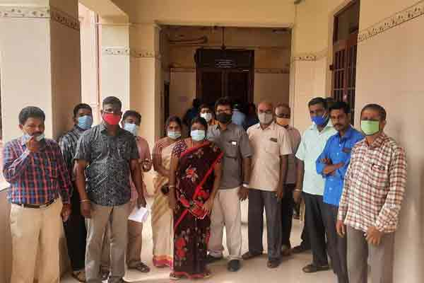 25 Anna University  teachers have submitted a petition to the Vice Chancellor ...