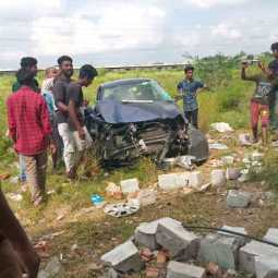 lorry truck car incident police investigation vellore high way