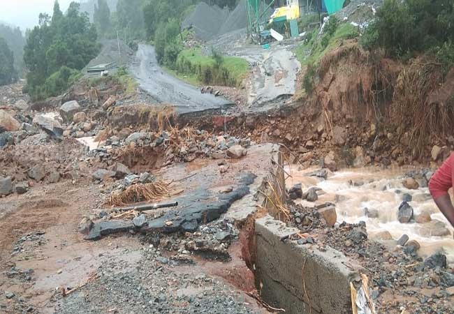 tamilnadu nilgiris heavy rains  flood peoples affected need help