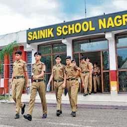 MINISTRY OF DEFENCE SAINIK SCHOOLS GIRLS ADMISSION ALLOWED UNION GOVERNMENT DECISION