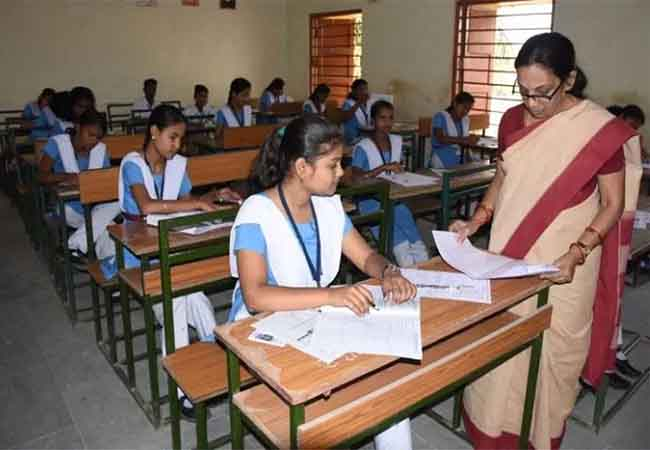 tn schools 10th,12th sample questions book bank sale start on jan 27