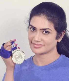 aarthi arun from tamilnadu won gold in asian weightlifting championship